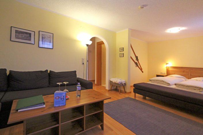 Doppelzimmer Standard im Lech Zürs Hotel Lärchenhof