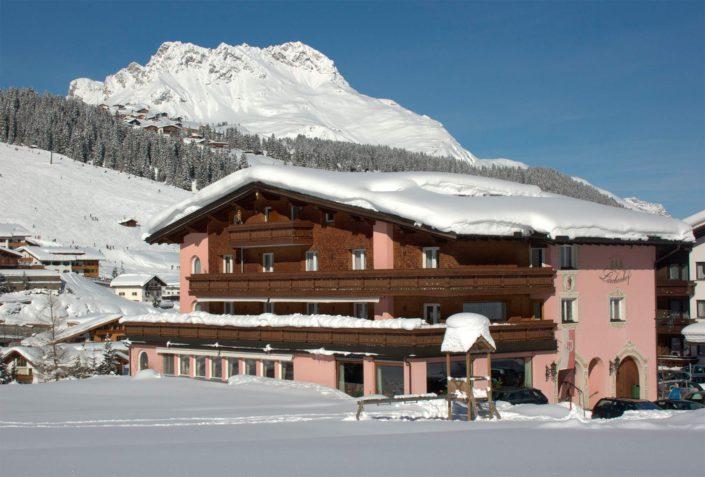 Aussenbild Lärchenhof in Lech